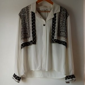 Casual Corner 12 Vintage Look Cream Tribal Blouse